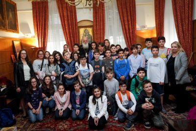 Μαθητές Δημοτικών σχολείων από την Χαλκίδα επισκέφθηκαν τον Μακαριώτατο Αρχιεπίσκοπο Αθηνών και πάσης Ελλάδος κ. Ιερώνυμο FOTO