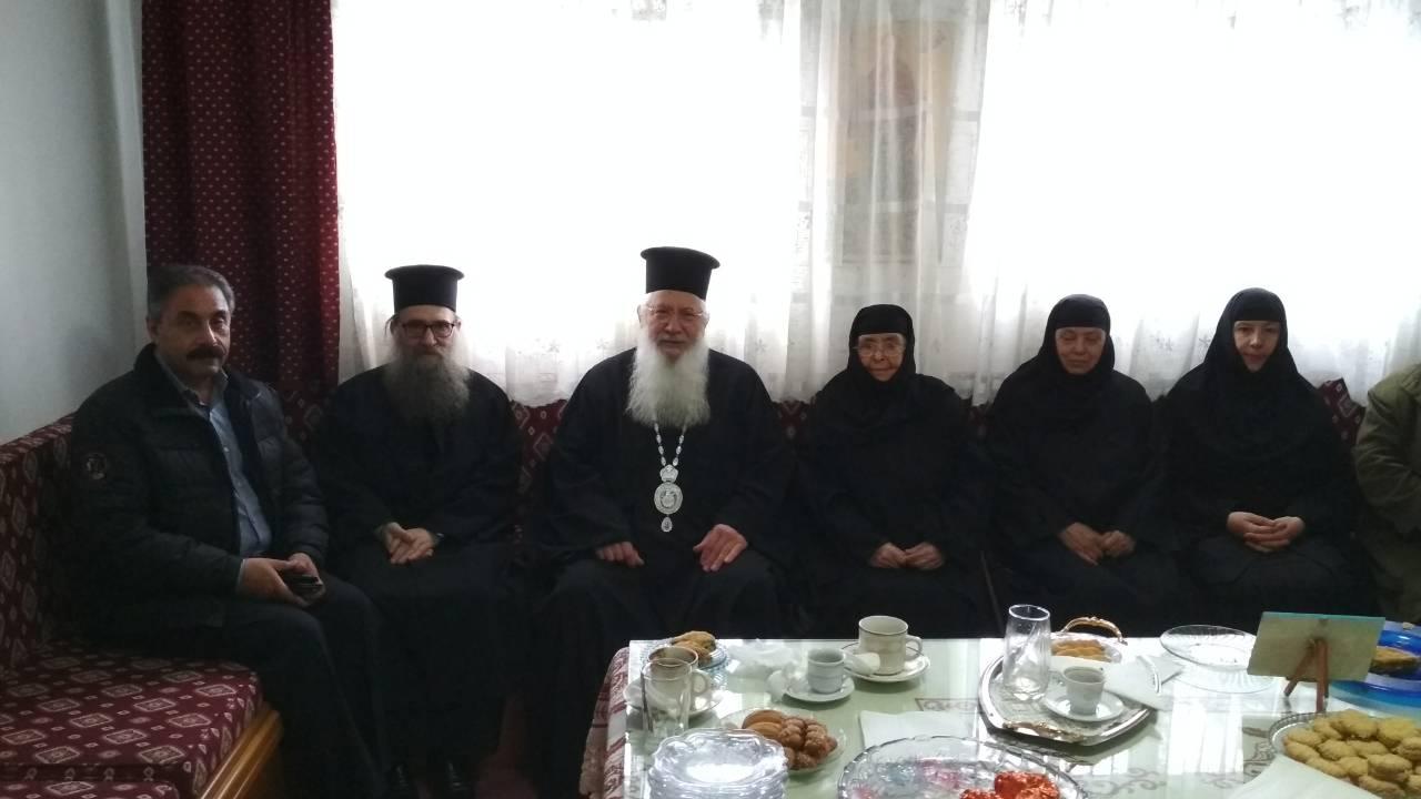 Θεία Λειτουργία στην Ιερά Μονή Αγίου Νικολάου Υψηλάντη